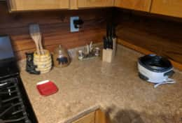 Waynesville Smokies Overlook Lodge Cabin - Kitchen, rice cooker