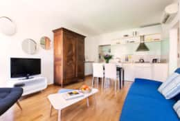 08-campo-de-fiori-living-room2