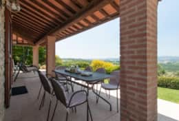 La Camilla, terrace with great views towards Todi