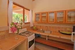 FincaAustria_JungleLodge-Unit_1_kitchen-1