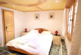 Main Chalet Bedroom 5