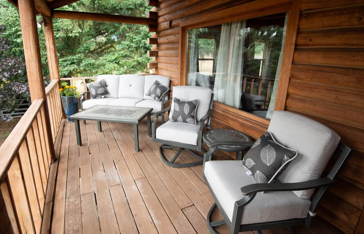 Deck with views of Mt. Washington