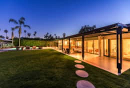Indoor-outdoor living in Palm Springs at it's best