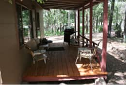 cabin 5 covered front patio with gas grill