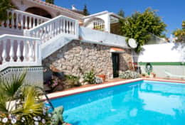 Rent a villa in torreblanca