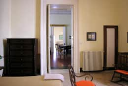 Palazzo Settecento - twin bedroom towards the dining room - Lecce - Salento