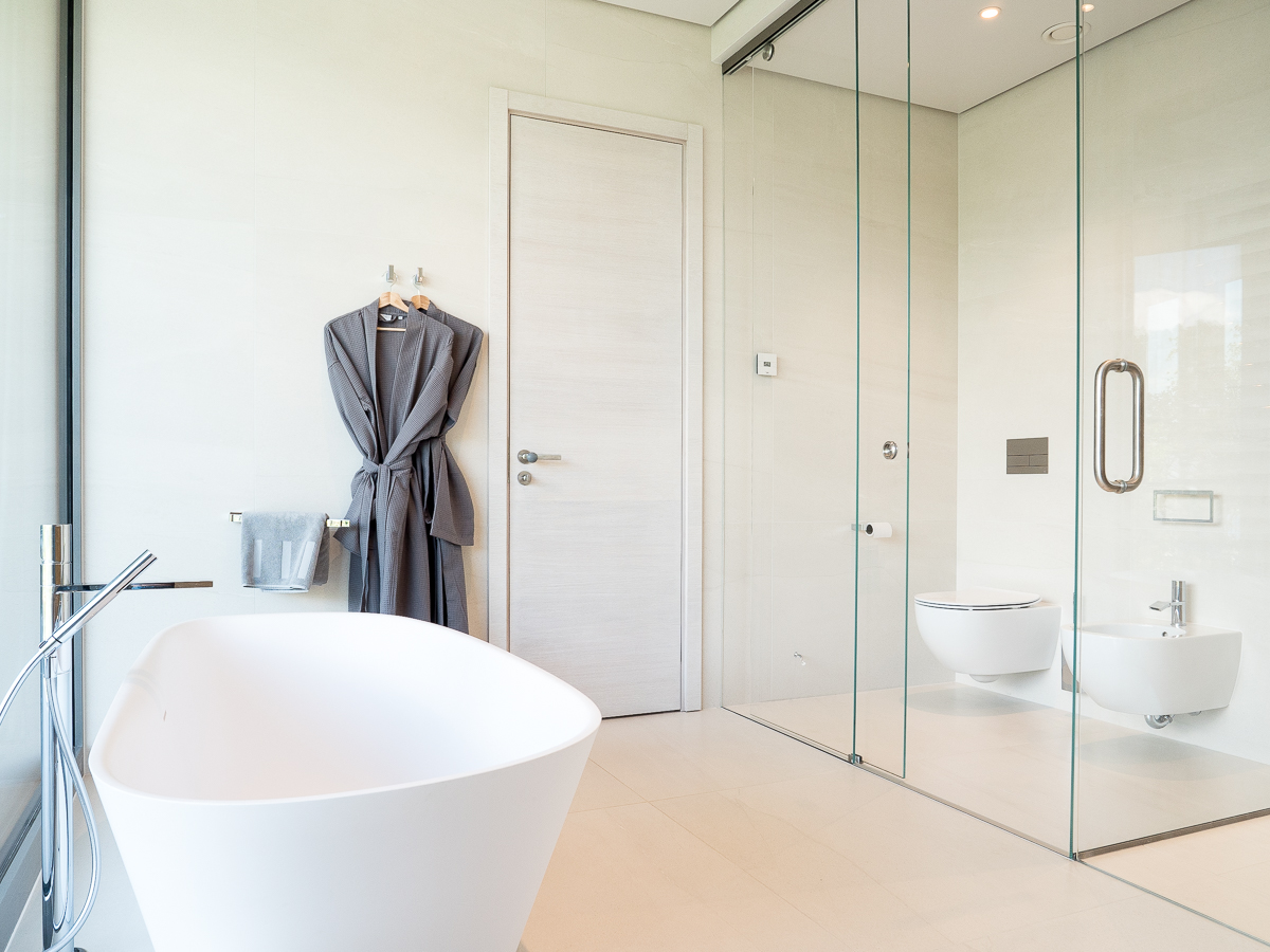 The-Klive-Riga-Presidential-Suite-Rainshower-Bidet