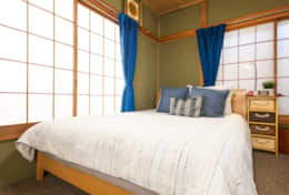 Bedroom 2 (Double bed) 2nd floor| best family stays in Tokyo |SakuraHouse| Tokyo Family Stays|