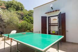 VERANDA WITH PING PONG TABLE