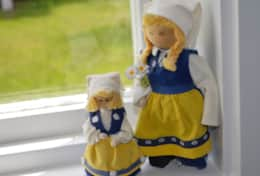 K45 Mackenzie Cottage - Decor Swedish Dolls