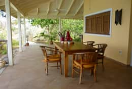 dining area on the porch