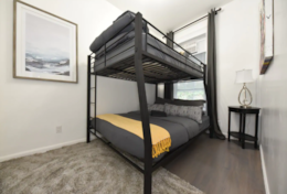 Bunkbeds for 2!