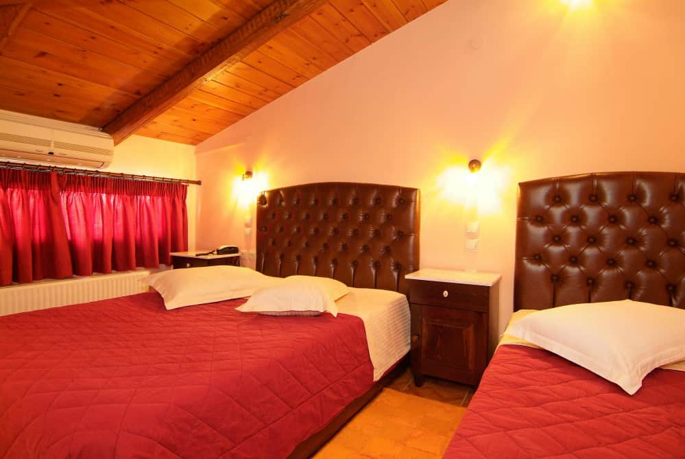 hotel-varonos-delphi-premium-roof-top-double-room