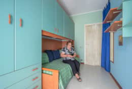1st bedroom with two single beds (sheets provided)