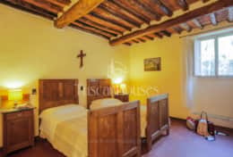 VILLA DE FIORI-Tuscanhouses-Villa with pool close to Florence-Holiday rental (57)
