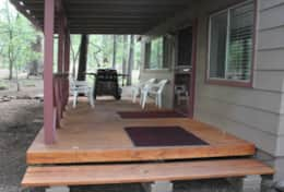 cabin 4 covered patio with gas grill - Copy