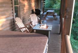 Waynesville Smokies Overlook Lodge Cabin - Deck Rocking Chairs Fire Pit Table