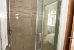 The Garden Apartment - En Suite Shower Room