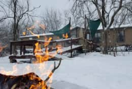 Eco cabin with handicapped decks, outdoor bar, fire pit