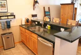Quiet LG dishwasher Fully equipped kitchen so you can cook