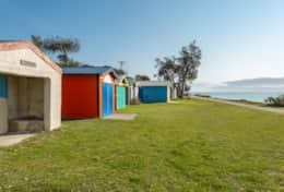 Ostia Dromana - Dromana Beachboxes Just Down The Street - Good House Holiday Rentals