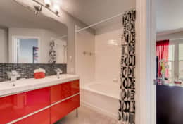 2367 Silver Palm Kissimmee FL-print-019-22-2nd Floor Master Bathroom-3600x2403-300dpi