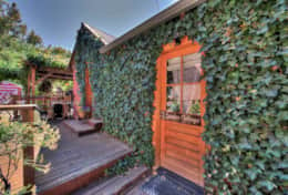 Cali Cochitta Garden Cottage