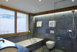 Annapurna - Saas Fee - Master Bathroom