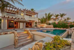 Beachfront Private Villa Vacation RentalsLos Cabos