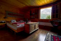 Chalet Schliechten - Double Bedroom with Sink (2)