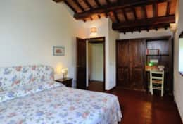 Agriturismo Tuoro apartment 1 Galletto