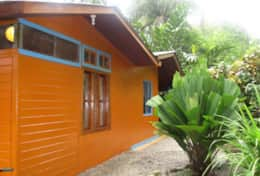 Casa Mango: side view