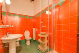 23-baullari3-bathroom-with-shower2