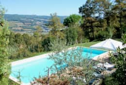 Pool with a view over the Upper Tiber valley