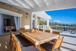 stbarth-villa-cacao-outdoor-dining-covered-terrace
