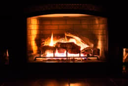 vacation-rental-waterfront-beach-rental-alderbrook-resort-hood-canal-resort-Fireplace-ljusare