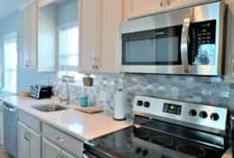 Quartz Countertops, Stainless Steel Appliances