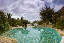 Villa2Pool_Sea