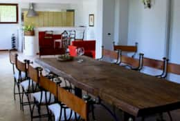 Villa Panicale dining room