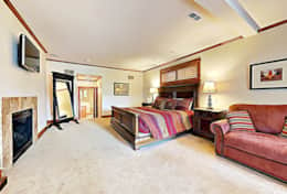 woodcrest king master suite