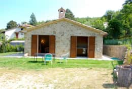 Martinino holiday cottage with fenced pool