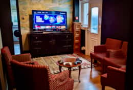 The Drawing Room, with Playstation 4 (with over 700 games on demand)