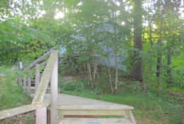 path to the bunkie