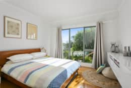 L'Ciabot Rye Queen Bedroom  - Good House Holiday Rentals Mornington Peninsula