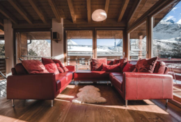 Chalet Midori - Sleeps 12 - Open Plan Living Area, Sofas and View