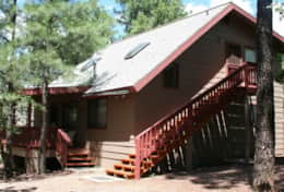 Nothwoods Cabins 12  4bd-2.5bth 1400sf
