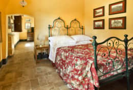 Villa Luce-Holiday-Rentals-in-Tuscany-whit-Private-pool (13)