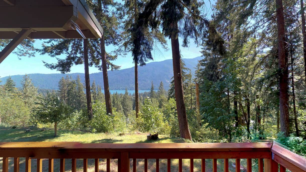 The Lakeview Retreat BBQ with a View - Leavenworth, WA (2)
