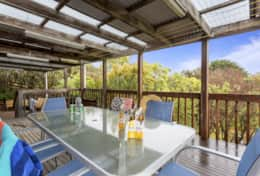 Doesntmatta - Beach Back Deck - Good House Holiday Rentals
