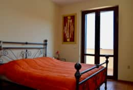Casa Vignone, bedroom with balcony